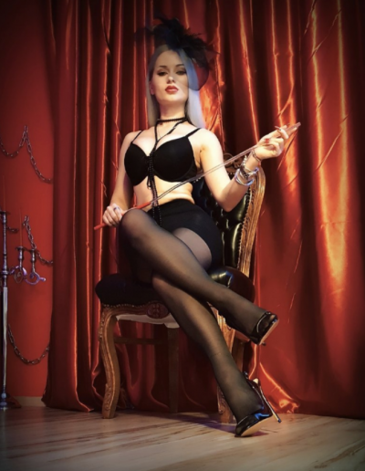Mistress Sarah Dom